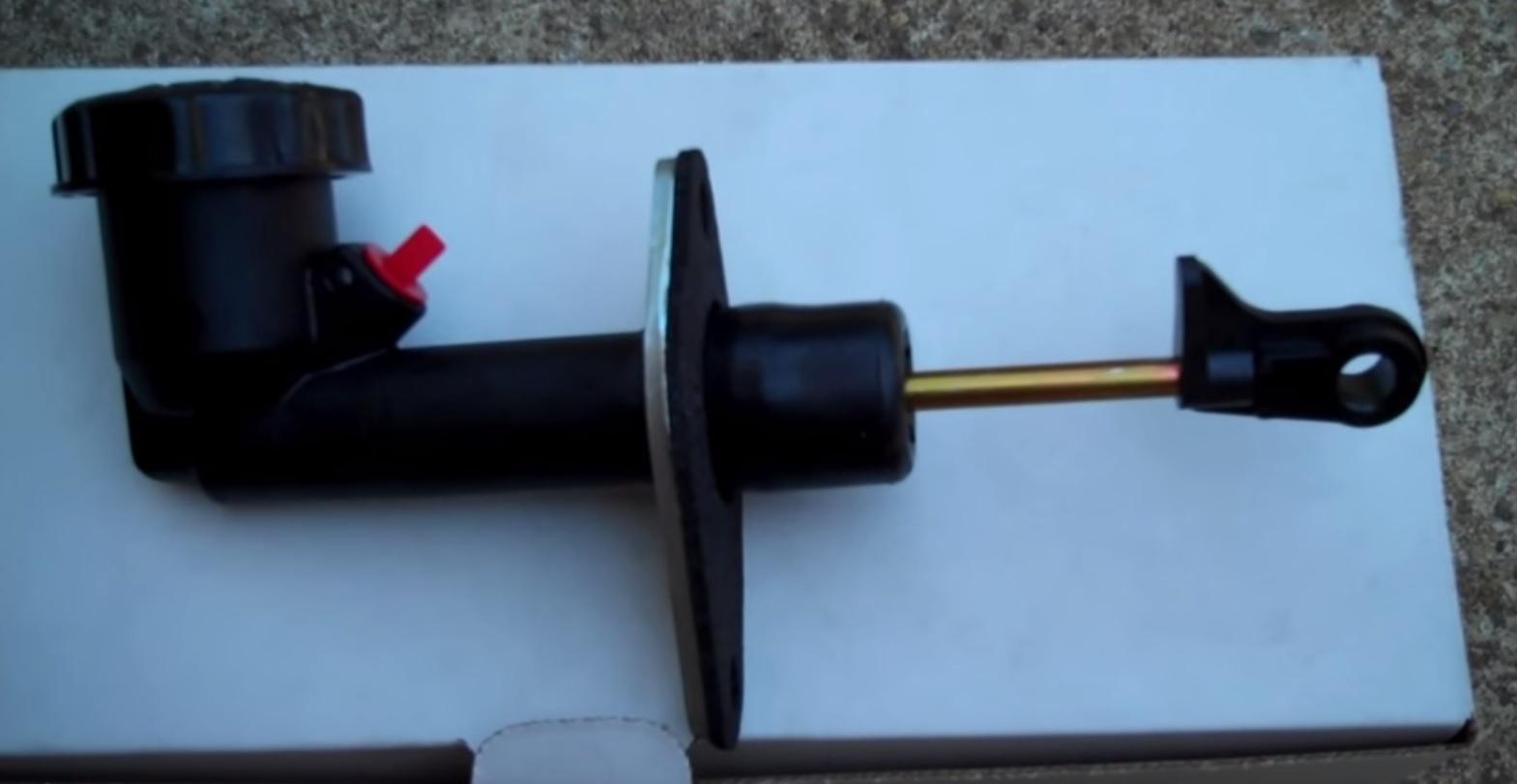 Jeep Wrangler Clutch Master Cylinder